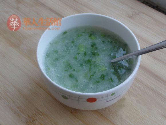 豆浆机做宝宝辅食-菠菜米糊